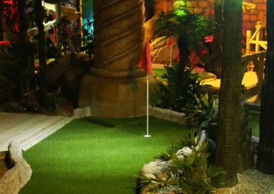 Adventure Golf - 18
