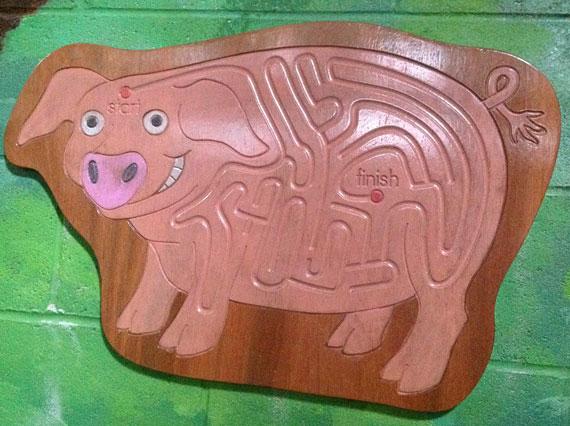Dan-Yr-Ogof-Pig-Finger-Maze