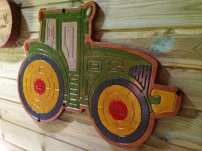 Dan-Yr-Ogof-Tractor-Finger-Maze